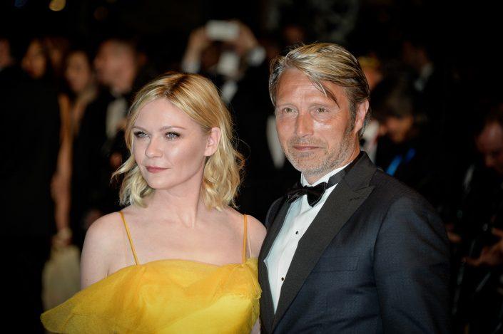 Kirsten Dunst & Mads Mikkelsen - Cannes 2017