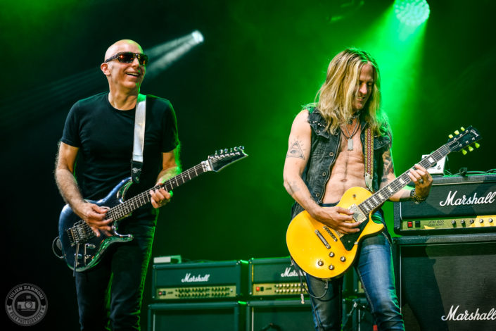 Joe Satriani and Doug Aldrich plays at the Guitare en Scène Festival 2018